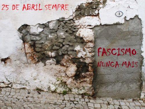 25abril-mural1