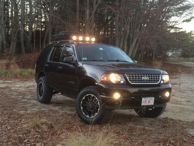 2004 Ford Explorer Xlt 4wd With Tpms Nitto Terra Grappler G2 265