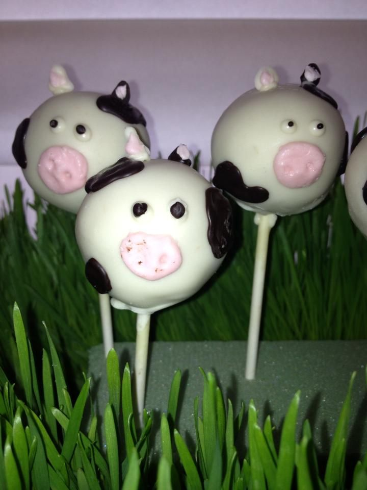 Cow Cake Balls for Cow Themed Party