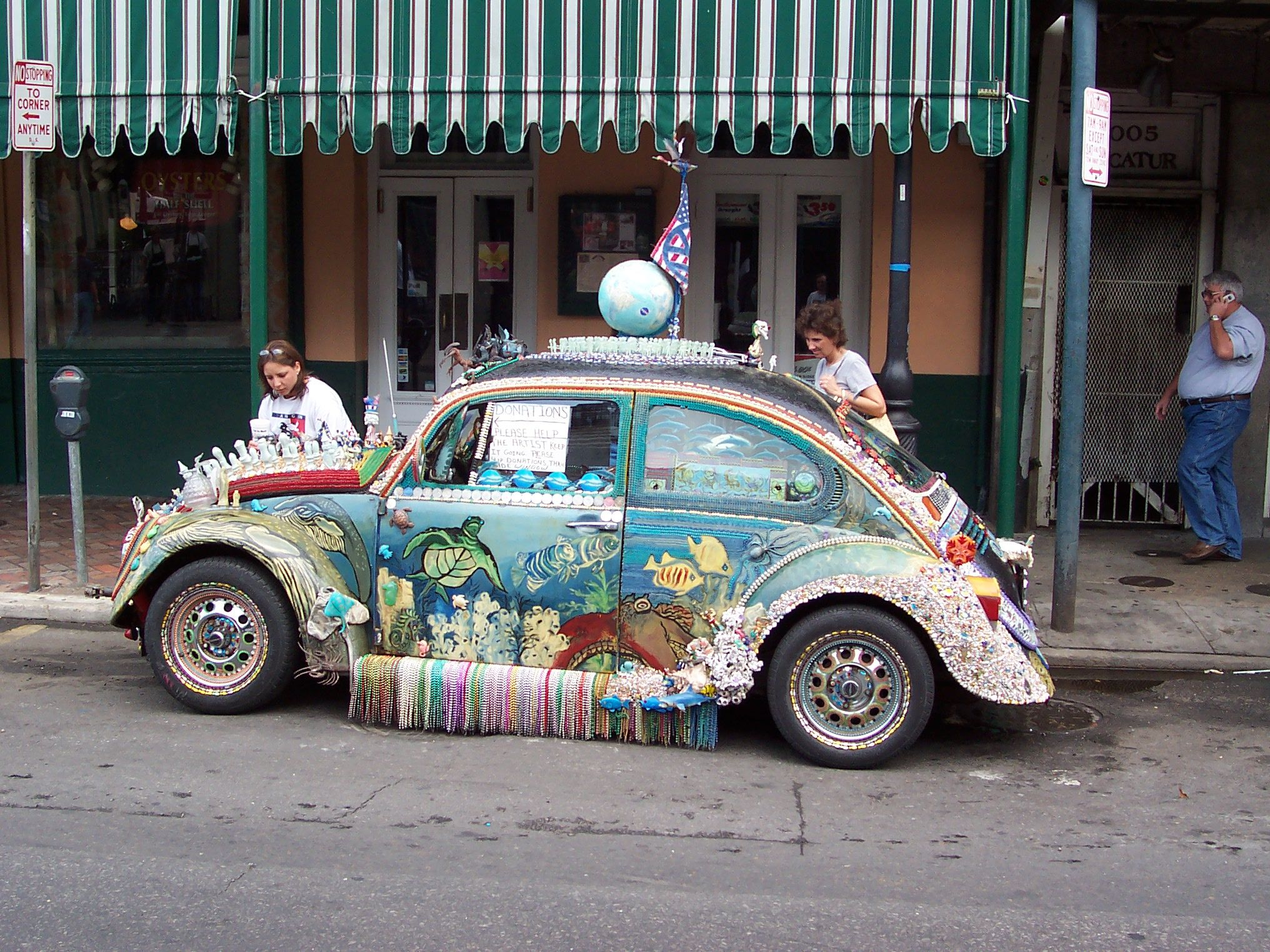 orleans  decorated vw beetle  decatur street french quarter vws beetle car
