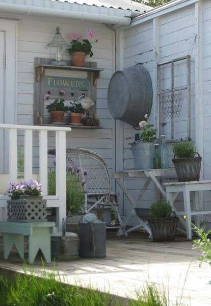 Back Porch Down On The Farm Pinterest Porch Shabby