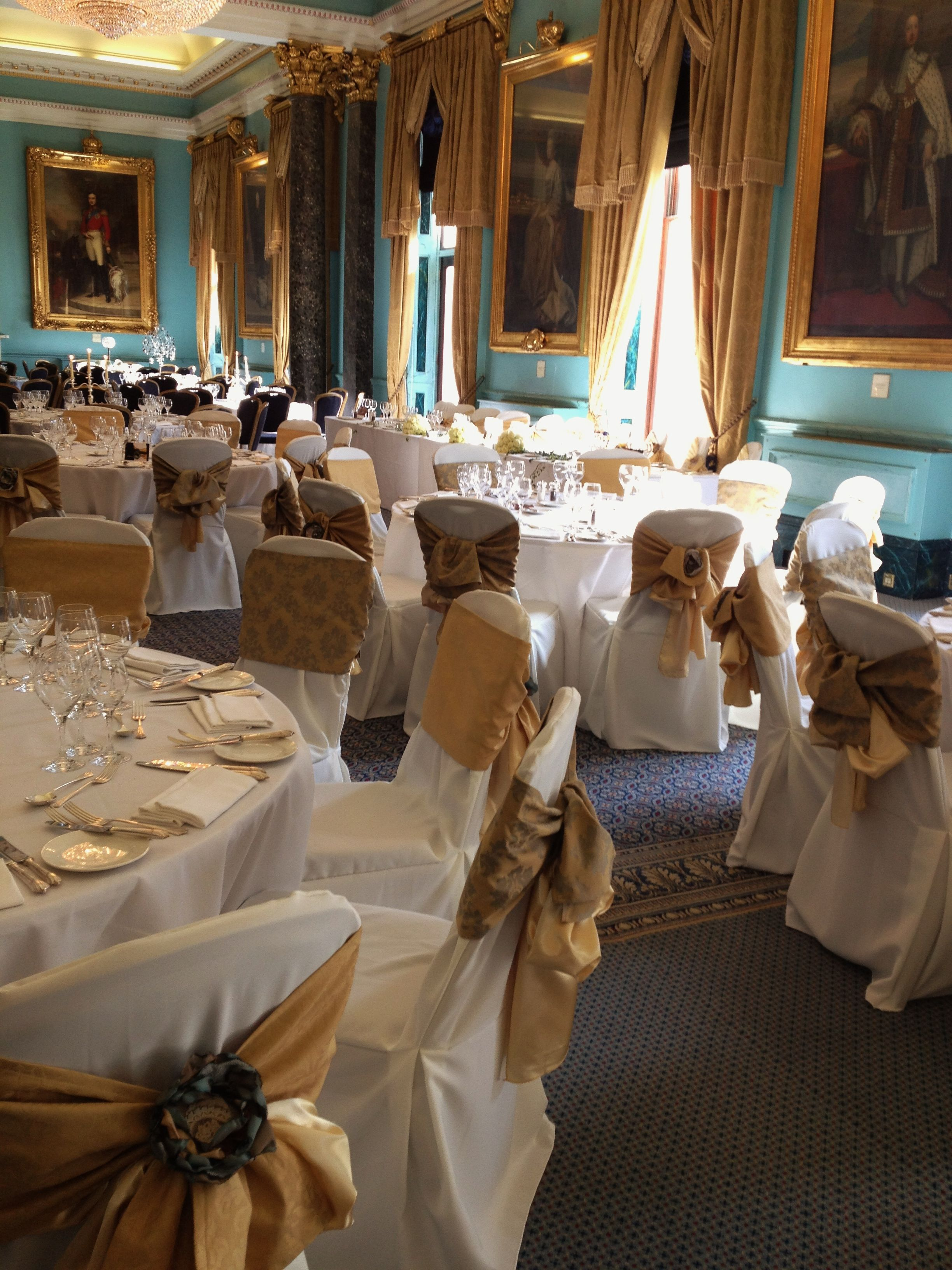 Double sashes in heavy Damask over ivory chair covers -  Tabletodine for.com