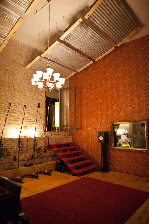 Wondrous Josh Hommes Pink Duck Recording Studio Rock Largest Home Design Picture Inspirations Pitcheantrous