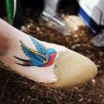 tatuajes de golondrinas para mujeres 7