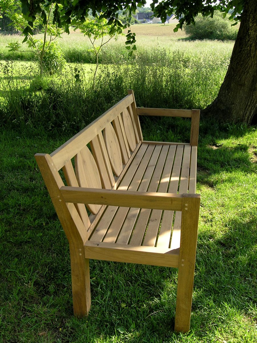 Bespoke Garden Bench In 2019 Makers Chairs Benches Garden