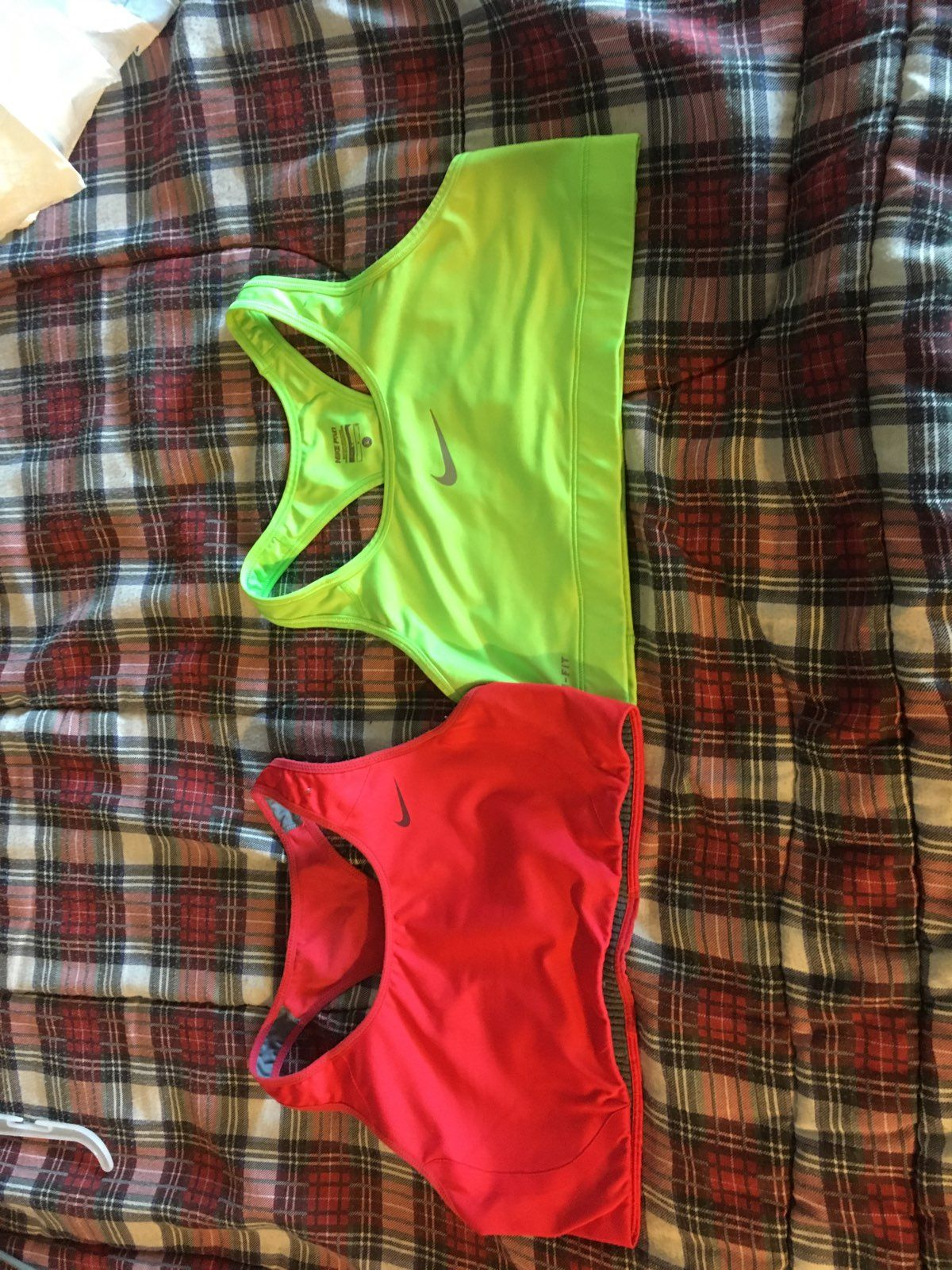 Nike Sports Bra Bundle - Mercari: BUY & SELL THINGS YOU LOVE