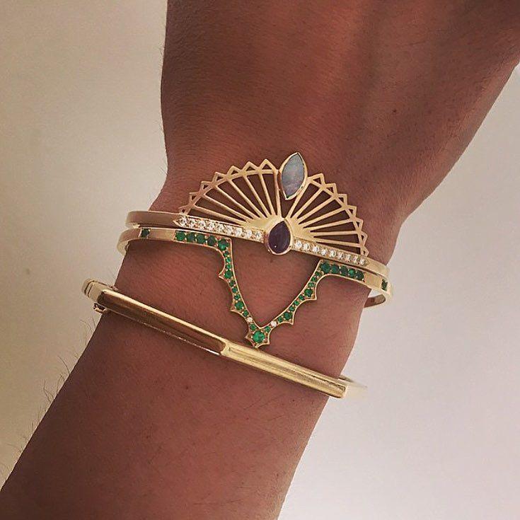 Fanning over this @michellefantacijewelry stack... #couturedailydose #showyourcouture #michellefantacijewelry