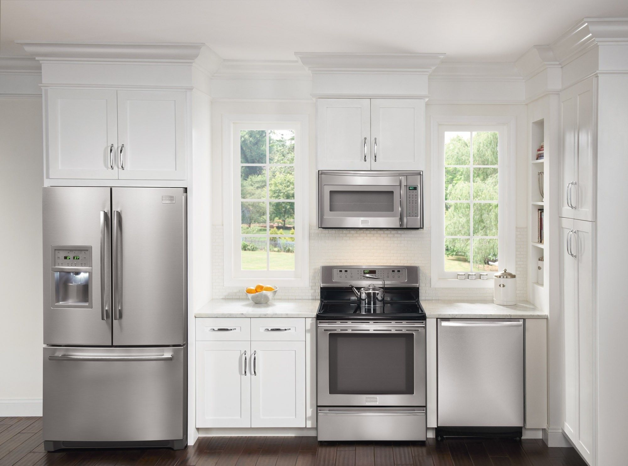White/Stainless   Kitchen, Kitchen appliance packages ...