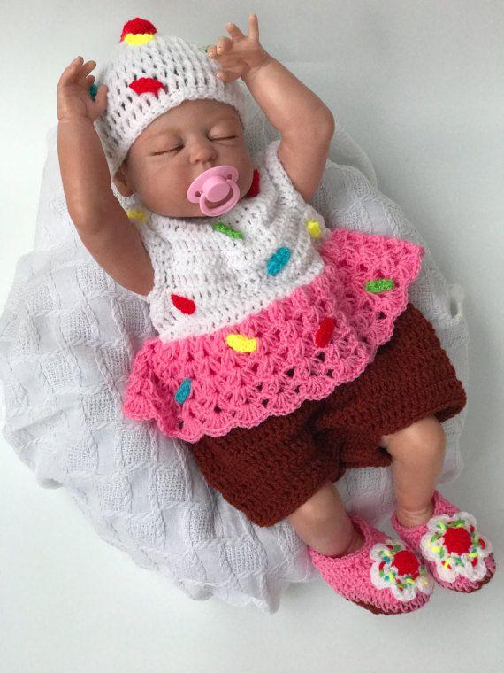 2365c4668 Baby Cupcake Costume Baby Valentines day Cupcake Costume | Crochet ...