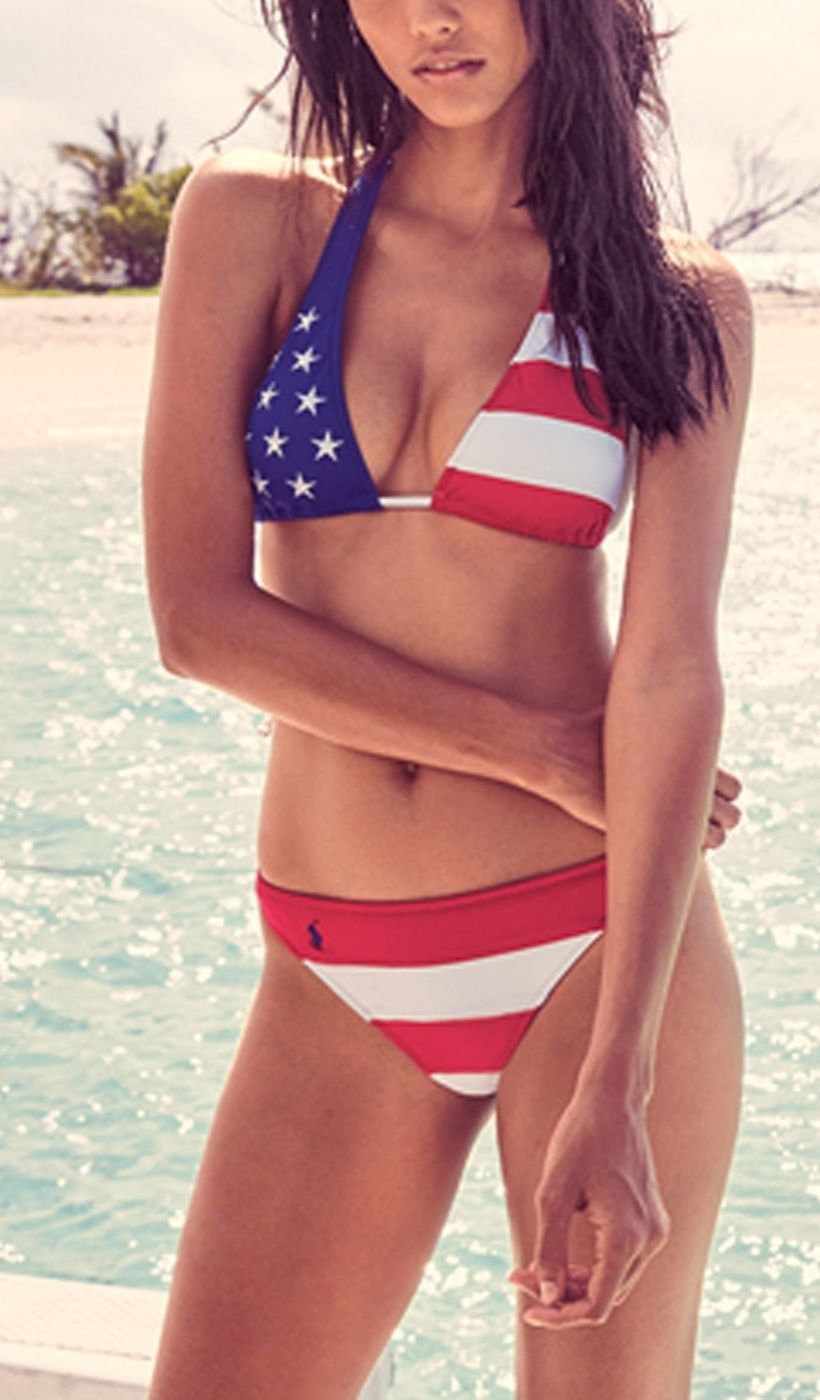 Celebrating the 4th of July at the lake, so this star spangled swimsuit is perfect for the holiday weekend.