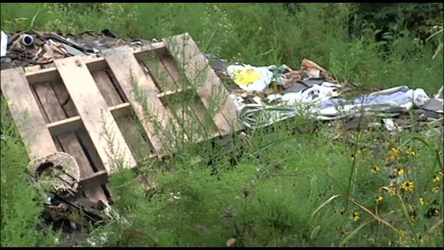 Maury County Tenn Detectives Determined That A Local Roofing Company Had A Role In Illegally Dumping Trash On A Piece Detective Roofing Roofing Companies