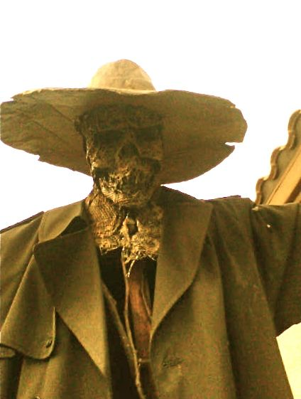 DIY: very scary scarecrow