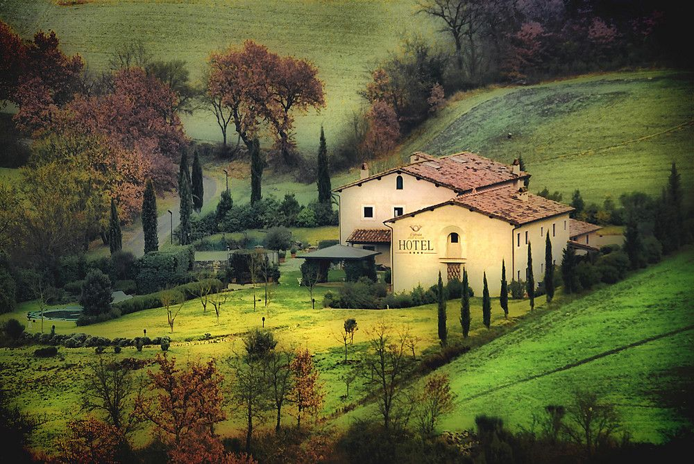 Paesaggio Toscano  Mario Ventura  Countryside of Tuscany  House styles Home Decor Countryside
