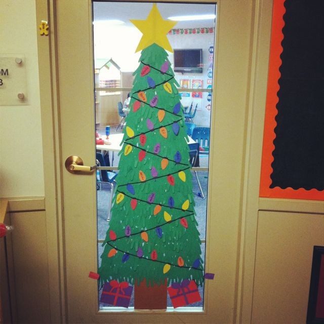 Classroom Door. Handprint Christmas Tree. Student Names