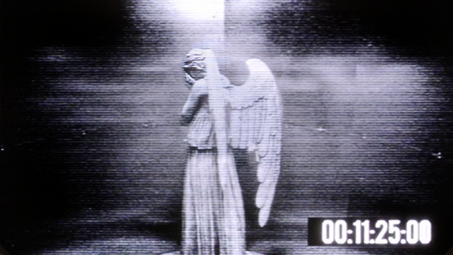 Weeping Angels Wallpapers Set It To Change Every Few Seconds For