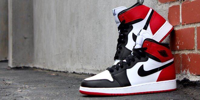 Jordan Black Toe Retro 1