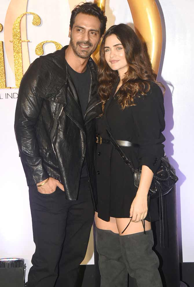 Arjun Rampal Opted For A Leather Jacket Paired With An All Black