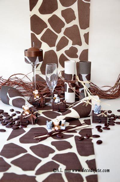 Chemin de table en non tiss imprim girafe id al pour toutes les ambiances savane et jungle for Deco table jungle