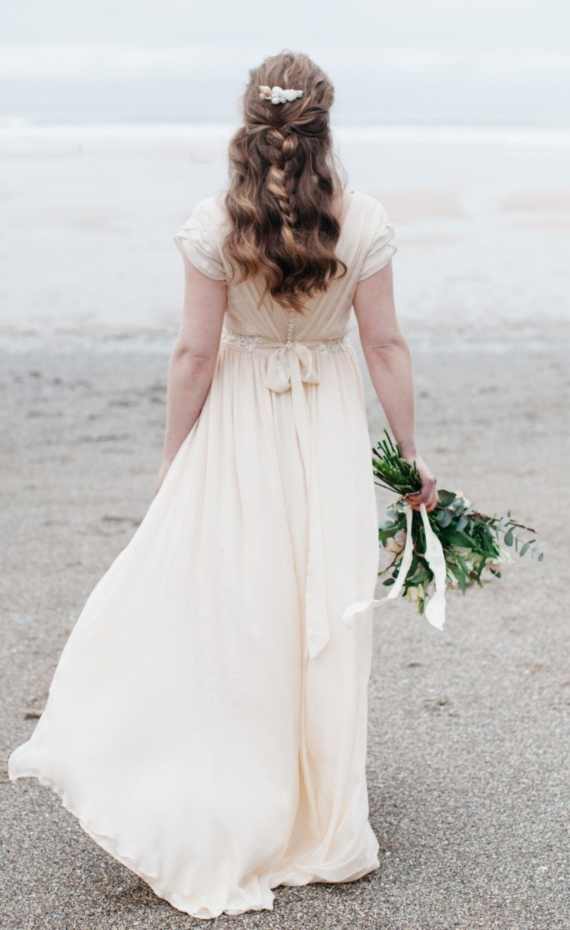 Cornish wedding gown by Ailsa Munro. Inspired by the beach, I love ...