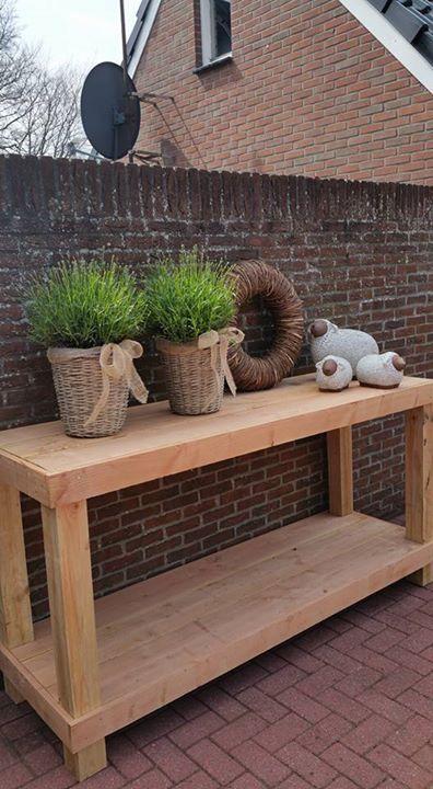 Steigerhout Sidetable Tuin.Sidetable Van Steigerhout Voor In De Tuin Met Feestjes Ook Handig