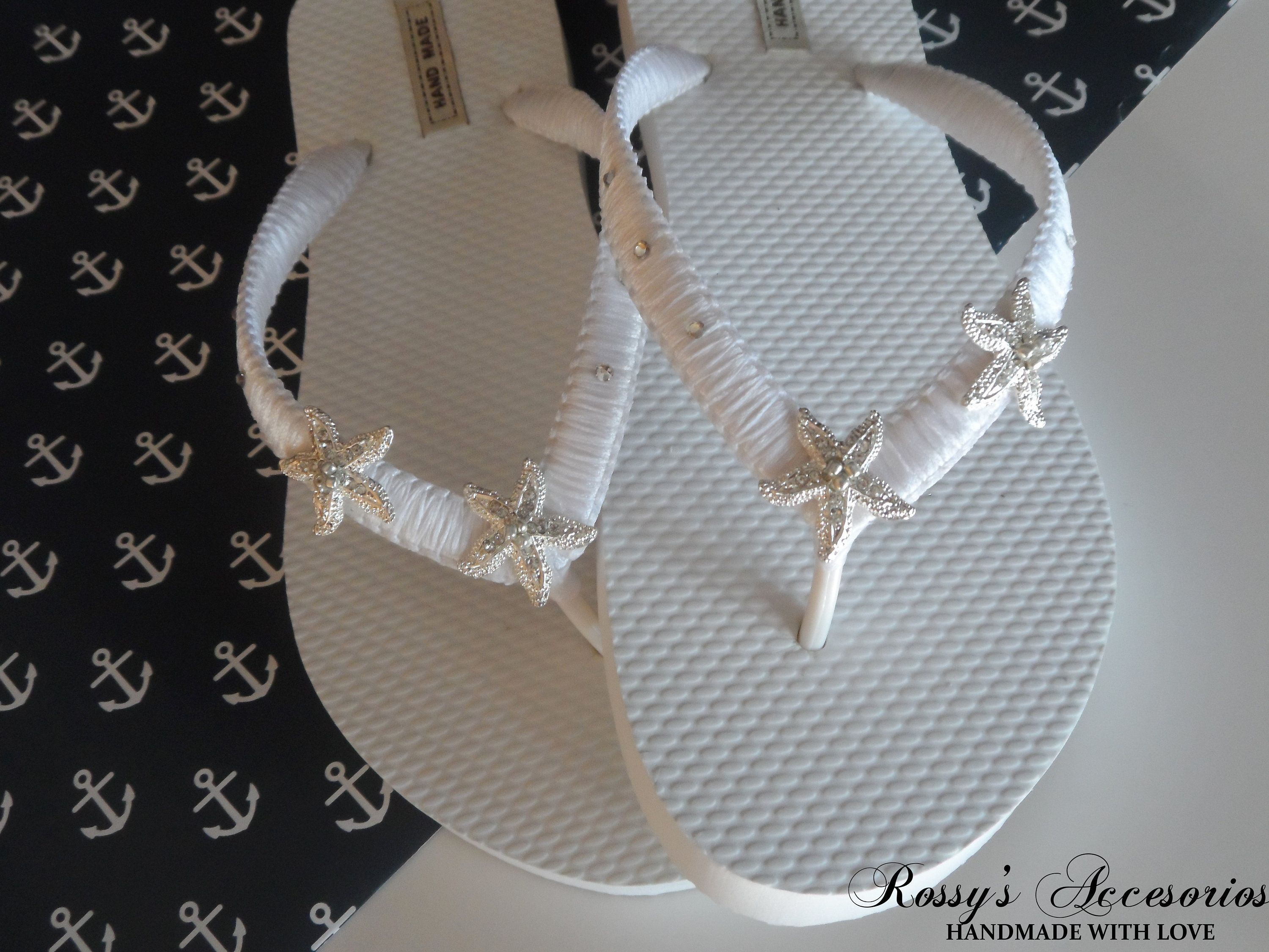 9303b0d9f87188 White Wedding Party Flip Flops   Star Fish Rhinestone Flip Flops   Beach  Wedding Shoes