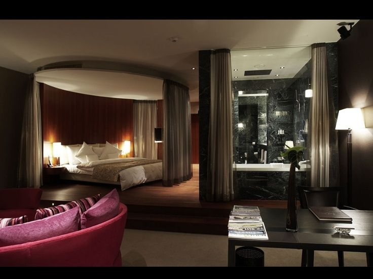 18 Master Bedrooms Featuring Canopy Beds And Four Poster BEAUTIFUL PICTURES Luxury BedroomLuxury