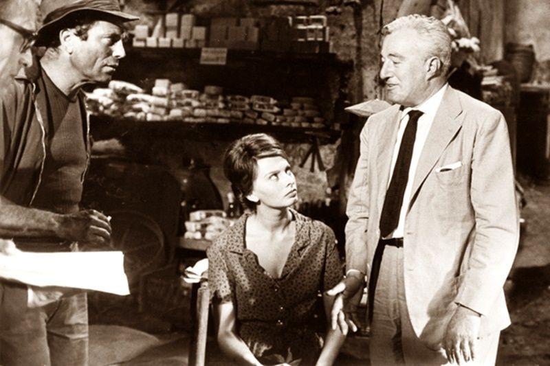 """Raf Vallone, Sophia Loren e Vittorio De Sica sul set - """"La ciociara"""", 1960"""
