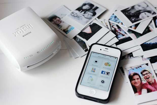 Amazing and fun to use, the Fujifilm Instax Share Smartphone Printer SP-1 makes instant film prints like Polaroid pictures from your Smartphone, wirelessly!