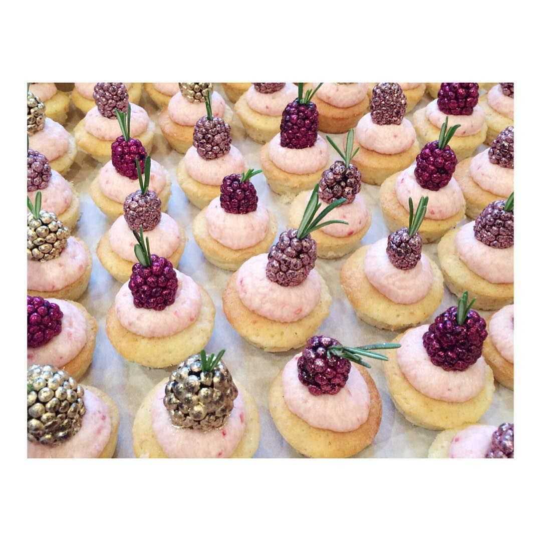 Canapés Show Canapes For Christianlouboutin Launch Tonight Louboutinworld