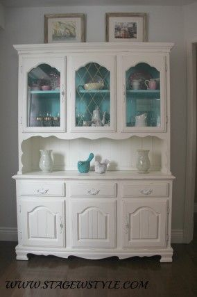 China Cabinet And Table Makeover Using Inexpensive Home Made Chalk Paint Refresh An Old Dark Piece Of Furniture Give It New Life
