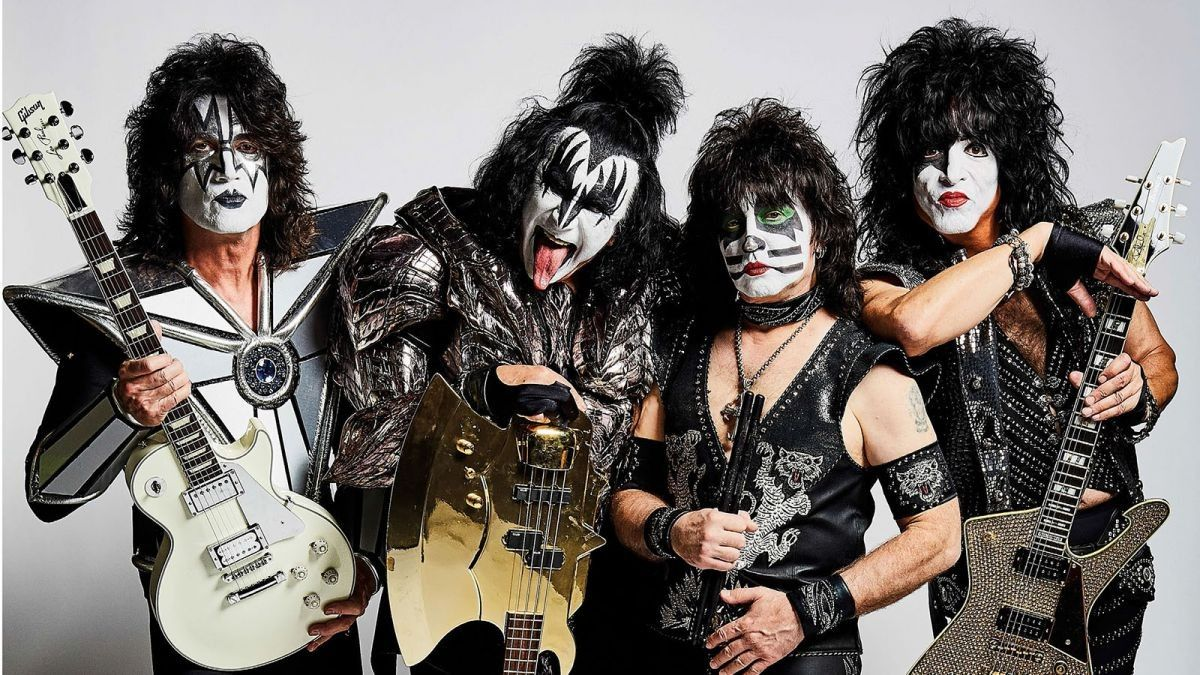 Pin By Jess Chapman On Kiss Rocks Paul Stanley Gene Simmons English Festivals