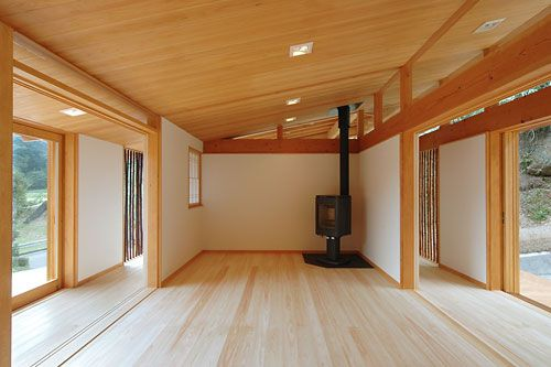 Japanese style house a new concept of architecture for Minimalist house wood
