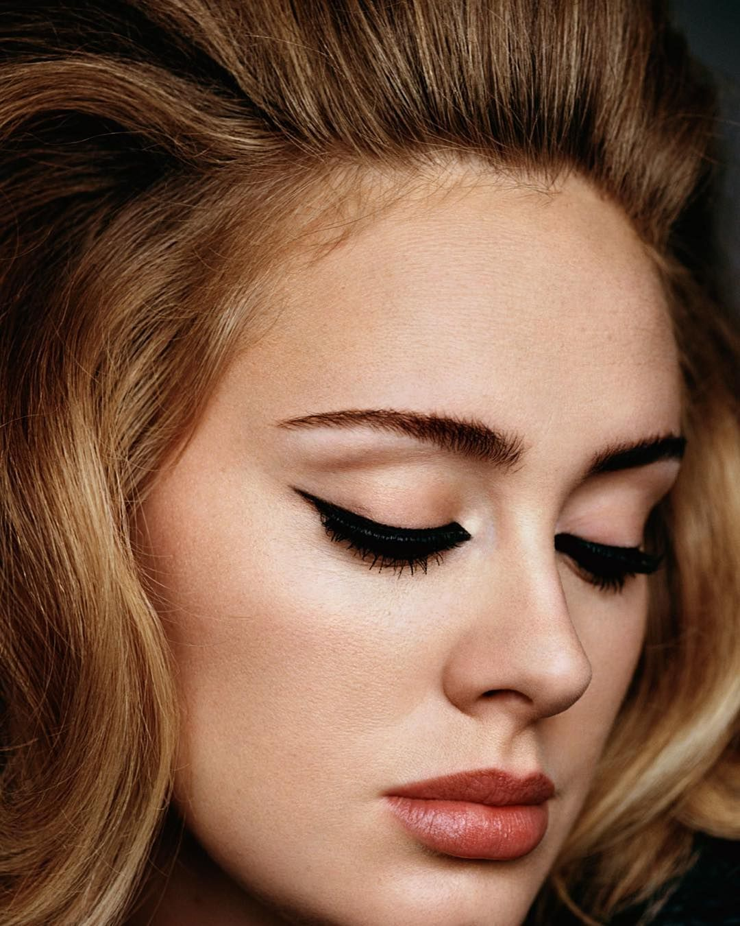 Here Is The Most Important Makeup News Ever: How Adele's