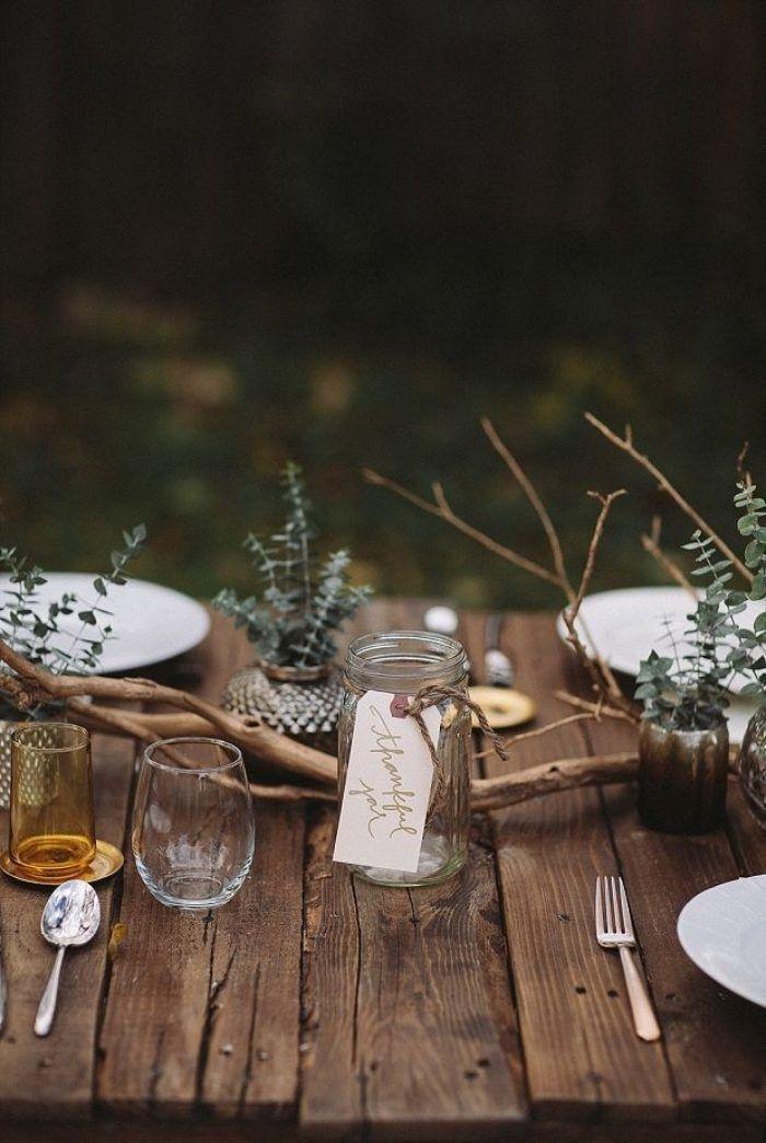 Unkonventionelle Hochzeitsdekoration zur rustikalen Hochzeit im - servietten falten tischdeko esszimmer