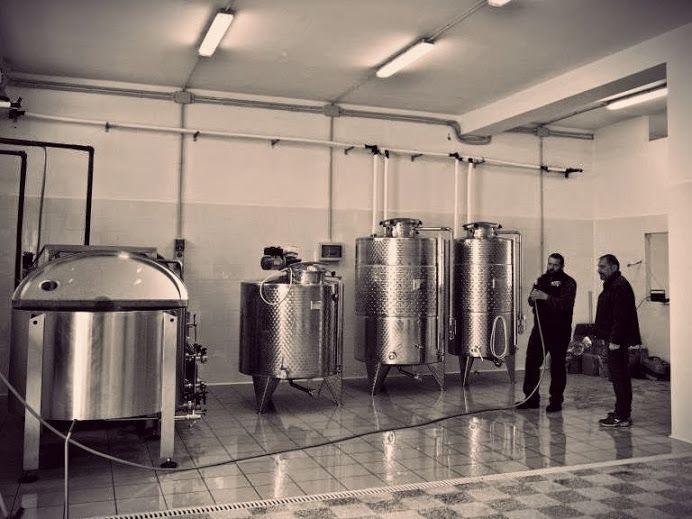 Oggi, Okorei è un microbirrificio cooperativo la cui missione è produrre birra di qualità.   Un obiettivo all'apparenza semplice e allo stesso tempo complesso: nella qualità c'è la selezione degli ingredienti, ci sono le competenze. Nella qualità c'è anche, alcune volte, il coraggio di sapere accettare le sconfitte. E ancora: la finanza etica, la divulgazione di informazioni sulla birra artigianale e il rapporto trasparente con i clienti.  http://www.excantia.com/produttori/birrifici/okorei
