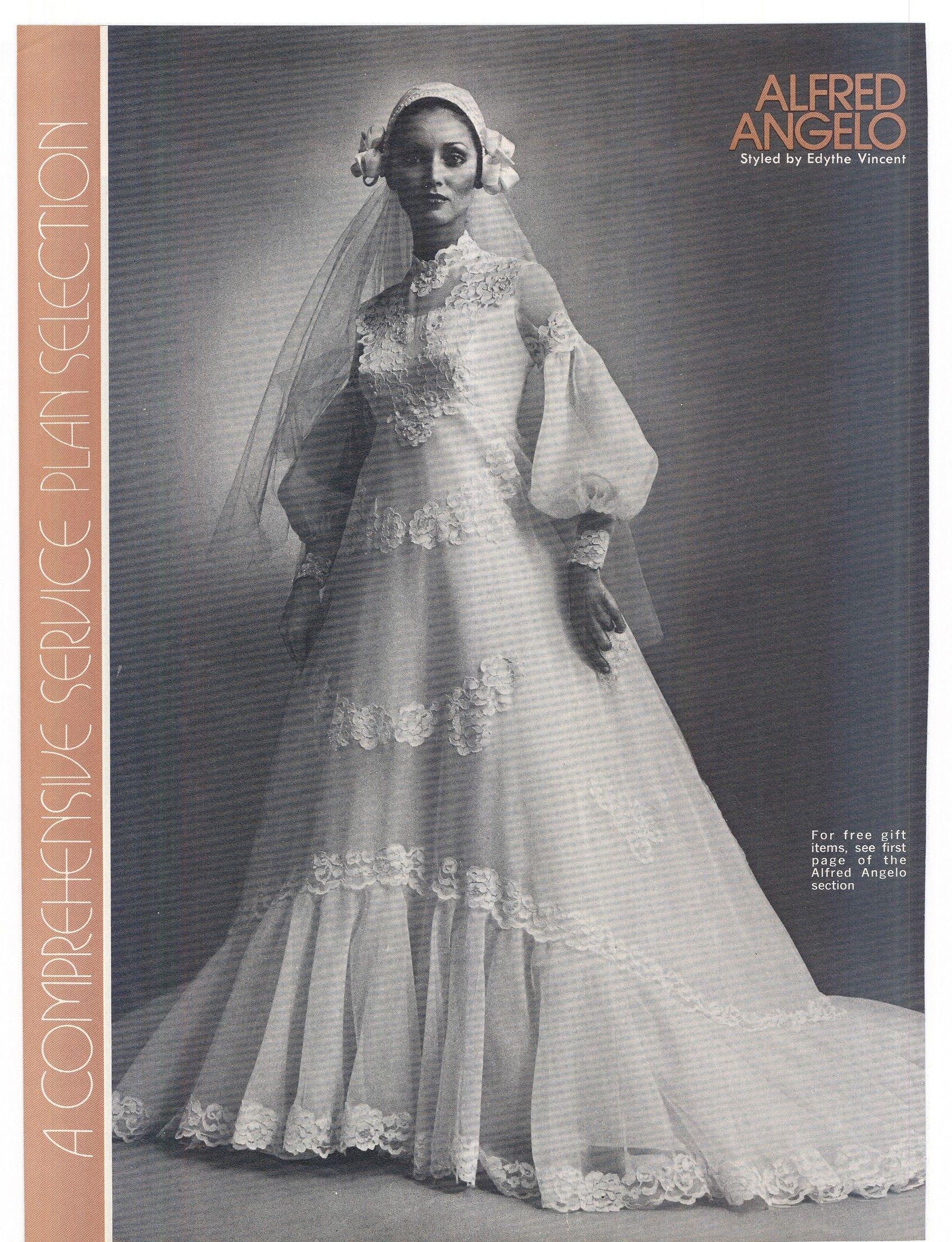 1975 Brides Magazine Bridal Dresses Vintage Vintage Bridal Fashion Wedding Gowns Vintage
