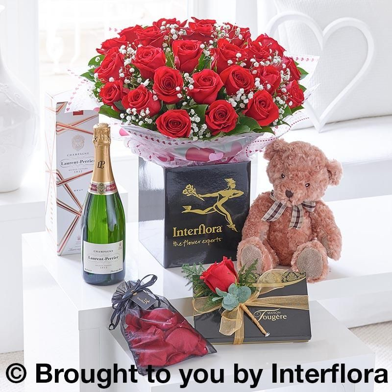 Luxury Romantic Gift Set | Designer Flowers by Rodgers | 591