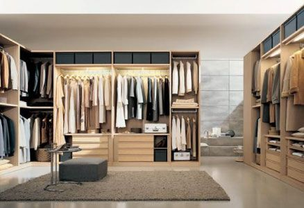 Amazing Open Concept Wardrobe