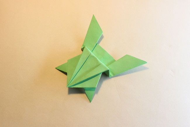 Make An Origami Jumping Frog Origami Frogs And Craft