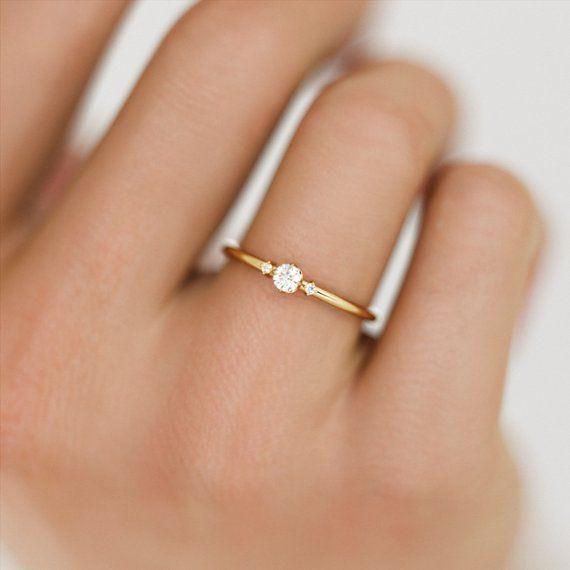 Three Stone Diamond Ring / Minimalist Diamond Ring / Minimalist Engagement Ring / Dainty Diamond Ring / Small Engagement Ring / 3 Stone