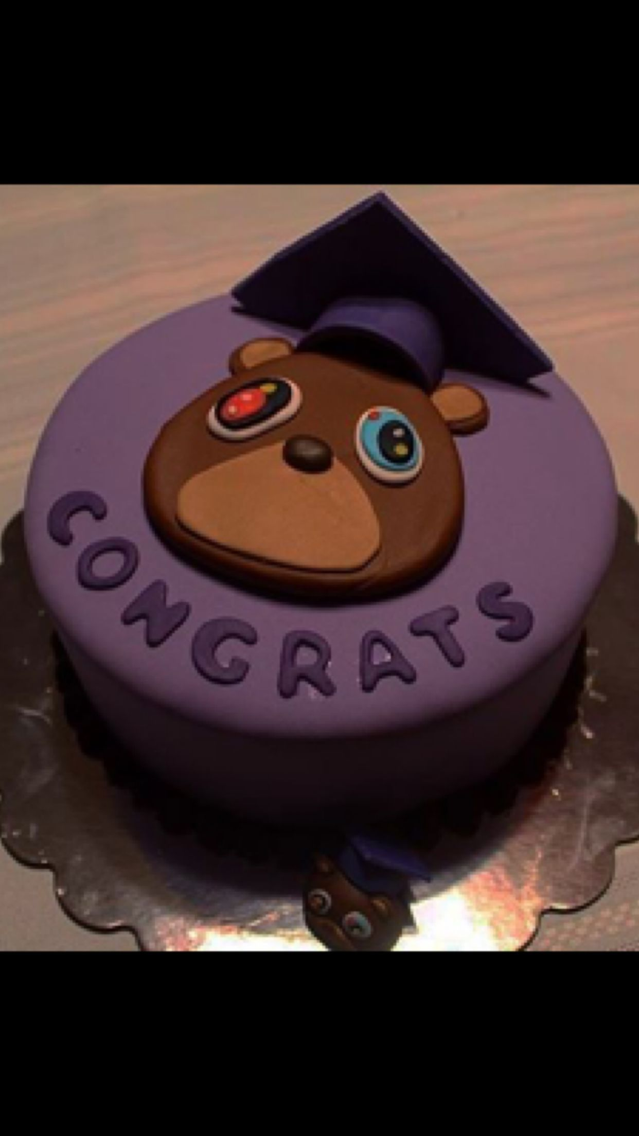 Pin By Kenlee Presume On Graduation Party Graduation Cakes Kanye West Graduation Graduation Party
