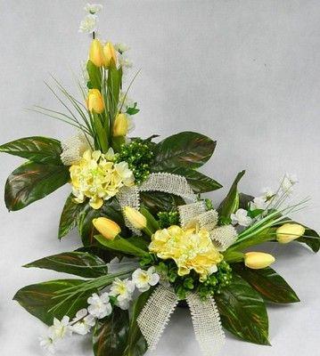 Znalezione Obrazy Dla Zapytania Stroiki Wielkanocne Na Cmentarz Allegro Floral Wreath Floral Table Decorations