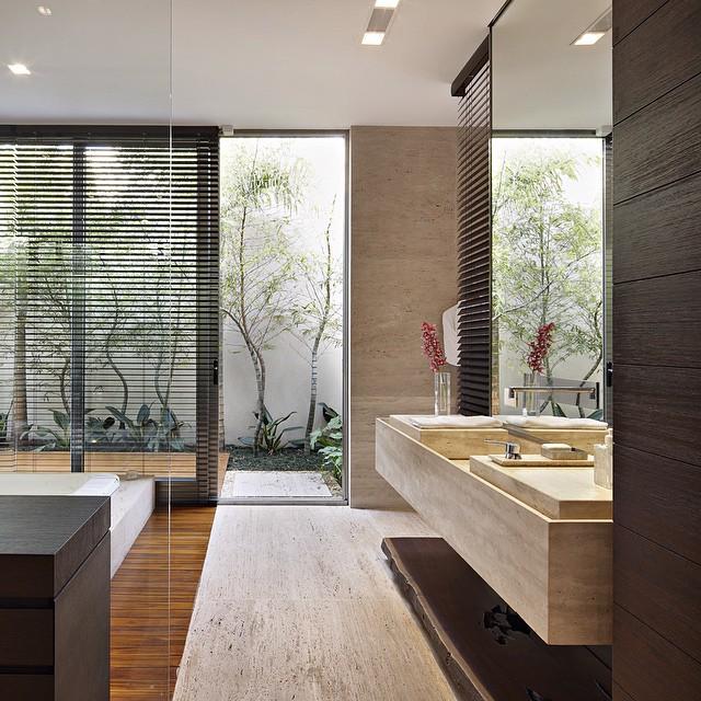 Favoritos Quarto, banheiro e closet integrados - veja detalhes dessa suíte  ZM12