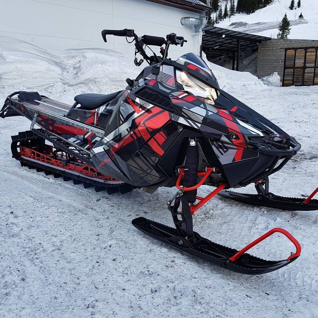 1 179 Likes 3 Comments Ed Kedrinskij Ed Kedrinskiy Ed Snega Net On Instagram V Krasnoyarske Prodaetsya Snegohod Polaris Snowmobile Snowmobile Dirtbikes