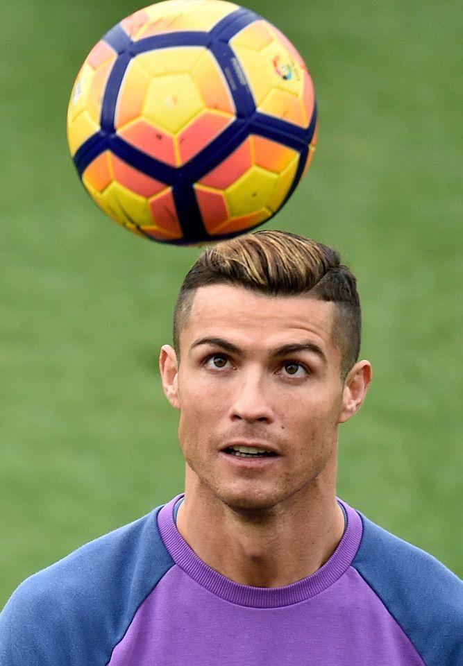 Cristiano Ronaldo shows off new gold hair dye at Real Madrid training - corte de cristiano ronaldo