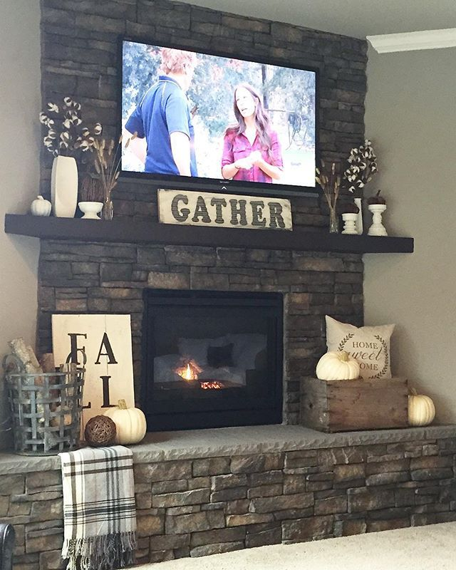 "Photo of T A R Y N    W H I T E A K E R on Instagram: ""Baby snuggles. Warm fire. Fall decor. Fixer Upper. And I showered. Perfect day. #chezddd #fall #cozyhome #falldecor #fireplace"""