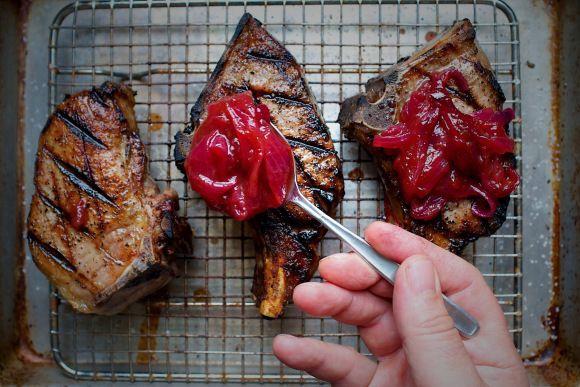 Red Onion and Rhubarb Fondue