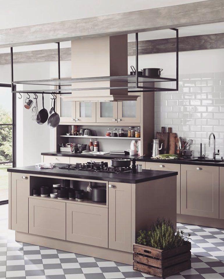 Pin Na Kuchnie Nowoczesne Beautiful Modern Kitchens