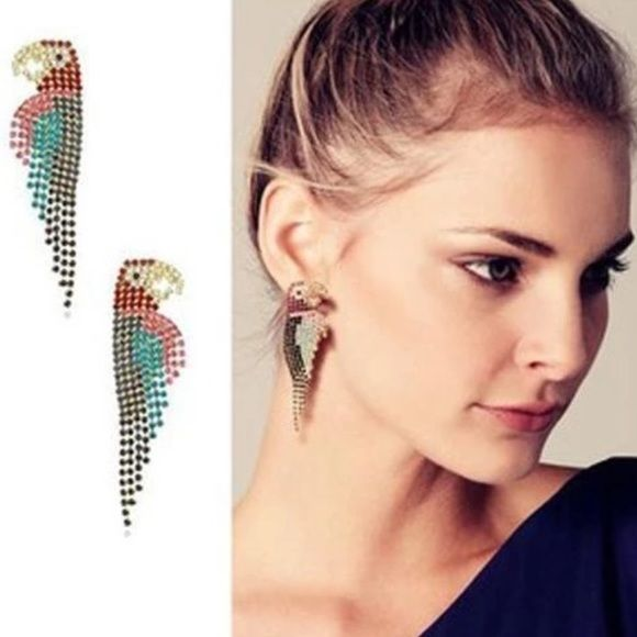 Super Cute Multi Color Crystal Parrot Earrings Compare To Elizabeth Cole Adorable Post Drop