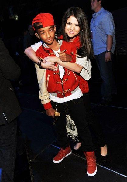 celebritypass.com Selena gomez